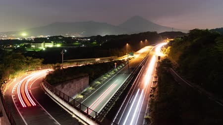 ハイアングルビュー : Mt. Fuji Over the Highways at Dusk (time lapsezoom in)