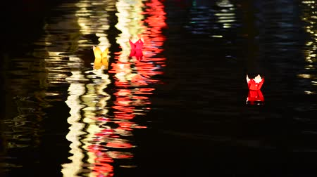 desistir : Lantern in Hoi An ancient town River Vietnam.