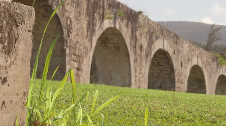 jamaica : Historic arches seaside ruins of an 1837 aqueduct situated on an 18th-century sugar plantation Stock Footage