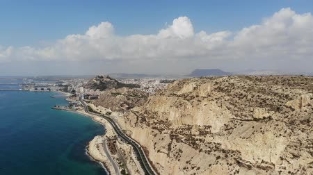 slunečník : 4K Aerial footage of the stunning beach at Alicante in Spain, taken with a drone in 2018