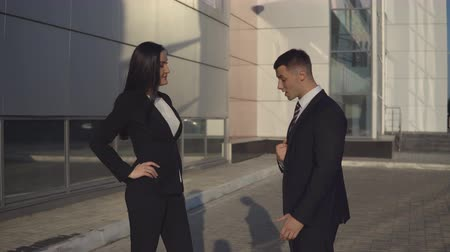 conflict : Businesswoman swears with man employee