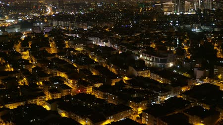 イスタンブール : Time lapse video over the downtown with city lights. Aerial panoramic view of Istanbul cityscape in Turkey, close-up