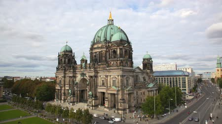 catedral : Berlin Cathedral (Berliner Dom) Stock Footage