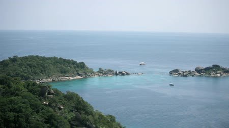mi : Panoramic view of Mi Ang, one of the Similian Islands, Thailand Stock Footage