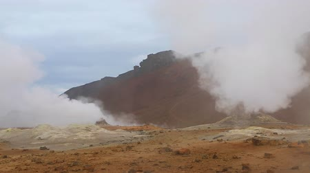 termal : Ominous view geothermal area Hverir (Hverarond). Popular tourist attraction. Dramatic and picturesque scene. Location place Myvatn lake, Krafla, Iceland, Europe. Discover the world of beauty.