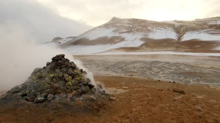 fumarole : hverarond sulfur rock blow stream in sky with high power Stock Footage