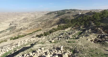 パレスチナ : Panoramic view of Mount Nebo on the land of promise