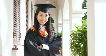akademický : Confident asian woman graduation