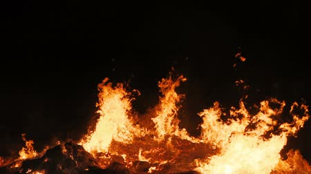 luto : Slow motion of real flame of a huge fire