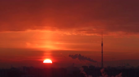 time lapse clouds : sunrise in Moscow, time-lapse