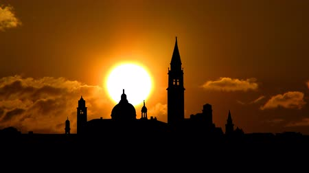 закат : Beautiful architecture of Venice Italy with the sunset.