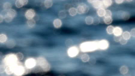 Средиземное море : Defocusing deep blue sea glittering under the afternoon sun.