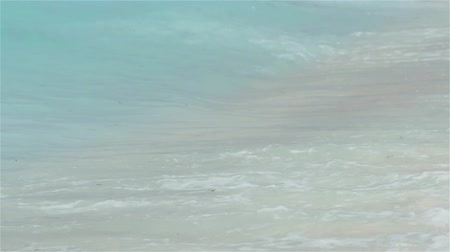 atol : Secluded island. Paradise tropical island, white sand and clear water.