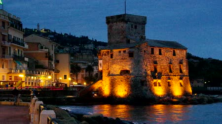 İtalyan : Rapallo castle night Stok Video