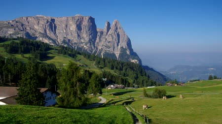 alpy : Schlern mountain in Dolomites