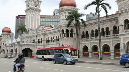 abdul : KUALA LUMPUR, MALAYSIA - FEBUARY 2, 2015: Sultan Abdul Samad Building at Merdeka Square. Sultan Abdul Samad Building is office of the Ministry of Information, Communication and Culture of Malaysia. Stock Footage