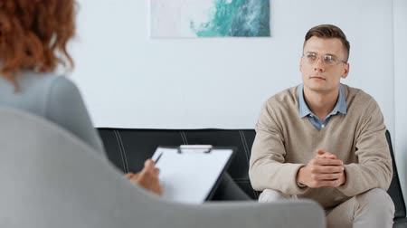 psichiatria : selective focus of patient talking with psychologist