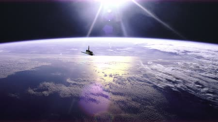 spaceship : 4K animation of the space shuttle in orbit over earth. Stock Footage