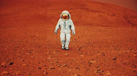 helm : 4K Astronaut walking on the surface of Mars. 3D CGI Animation.