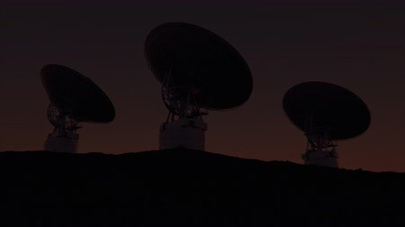 infrared : 4K Radio Telescopes in Sync. Realistic 3D CGI Animation.