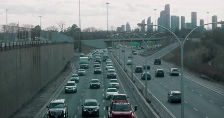 driverless : Rush hour traffic in Downtown Toronto. 4K Establishing shot.