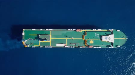 námořní : Aerial footage of a large RoRo ship cruising the Mediterranean sea