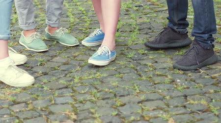 latinamerican : Close up view of students in casual clothes standing outside university. Stock Footage