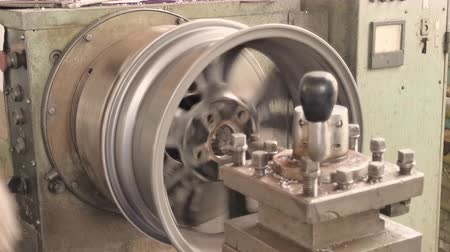 ワークステーション : The Process Of The Cutting Rim Center Bore From The Small Diameter To The Bigger One. Next Stage 動画素材