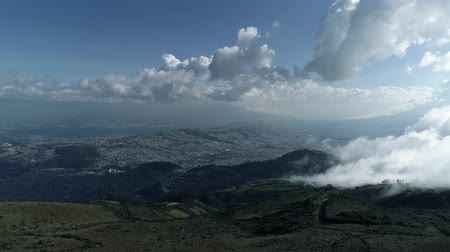 quito : View of the city and the canyon, Mountains