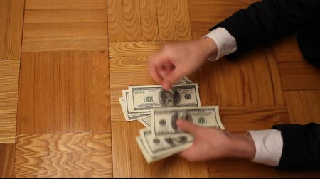 sayma : Businessman counting the money Stok Video