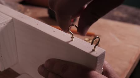 amatér : mounting the hook into a handmade product