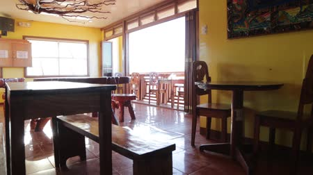 críquete : bars in the philippines coron antique wooden restaurant for tourist