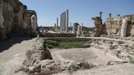 amfiteátr : in northern cyprus the antique city and ruins of salamina history and tradition