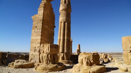faraon : in africa sudan sole the antique temple of the black pharaohs in the middle of the desert Wideo