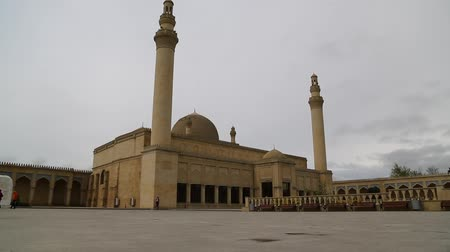 in azerbaijan juma mosque the view of the antique buildings Стоковые видеозаписи