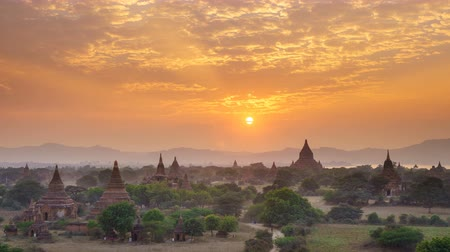 shwezigon : 4K Timelapse of the temple of bagan at sunset, Myanmar Stock Footage