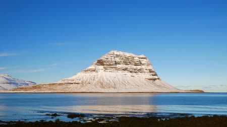 Kirkjufell moutain view from coastline, Iceland 動画素材