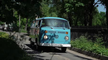 volkswagen : SAINT-PETERSBURG, RUSSIA - MAY 26, 2018: Blue retro bus driving in a city