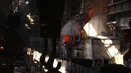 open hearth : Hot steel pouring in steel plant Stock Footage