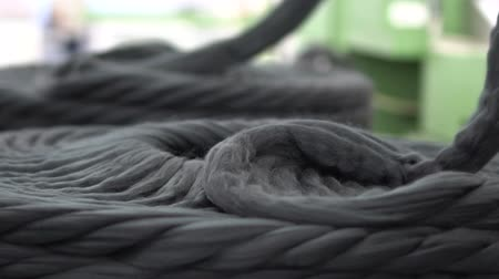 spool : Tops ribbons made of natural sheep wool 29