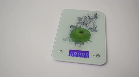 kilogramm : Kitchen scales electrons