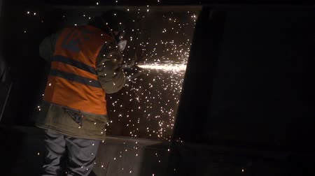 winch : apparatus for welding metal sparks 1 Stock Footage