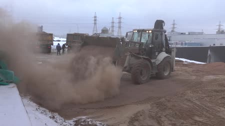 winch : Tractor leveled the hot sand 8