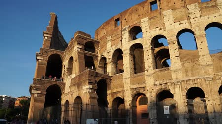 império : Various angles of the roman Colosseum or Flavian Amphitheatre.