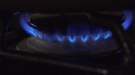 fogão : This is 4K footage of a gas stove burner. Stock Footage