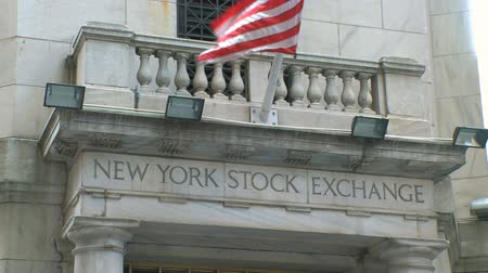 Vista dell'esterno del New York Stock Exchange. Filmati Stock
