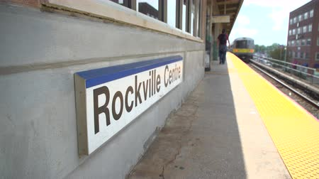 ostor : Whip pan of the Rockville Centre train leaving the station