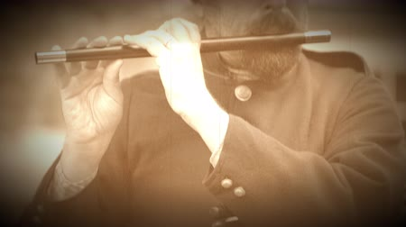 archívum : A Civil War soldier plays the fife (Archive Footage Version)