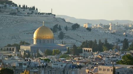 wailing : Dramatic sunrise time lapse over old city of Jerusalem