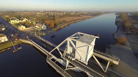 pegaz : Pegasus Bridge, Arian views